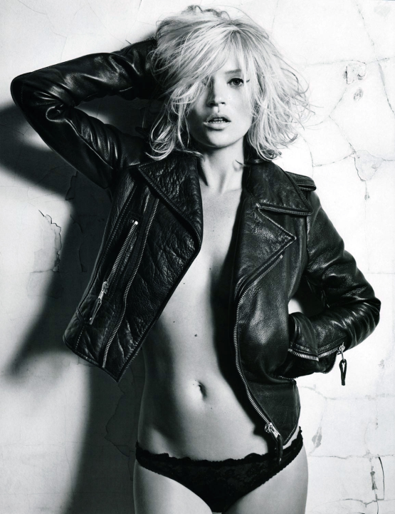 10-23-kate-moss-leatherJACKET